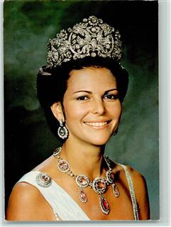 Königin silvia mit diadem und prachtvollem schmuck