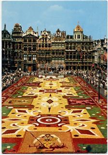 Brüssel marktplatz blumen teppich belgien demol