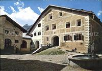 Scuol Engadiner Haus mit Brunnen Scuol