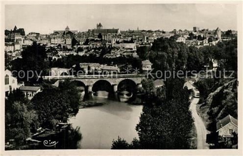 Thouars_ Deux Sevres Pont Neuf